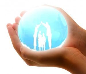 family-insurance-1316543_960_720-300x258